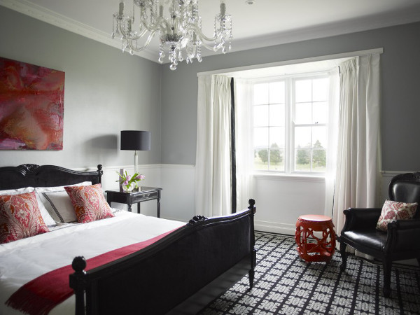 Red bedroom accents